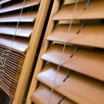 jaluzele orizontale din lemn